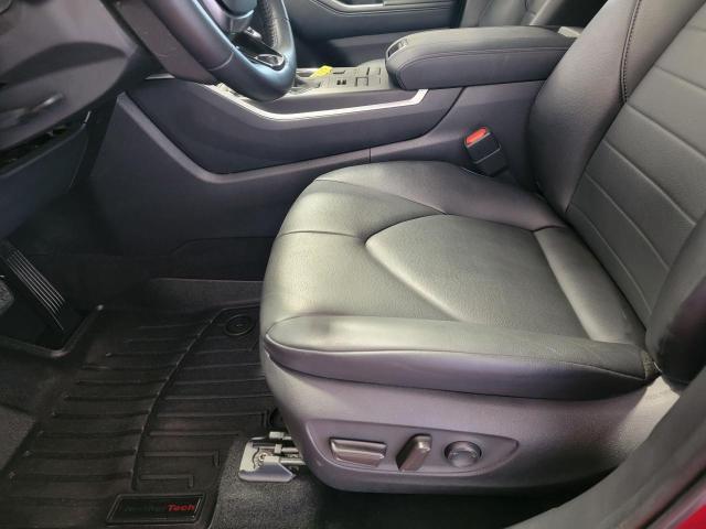 2020 Toyota Highlander XLE AWD Photo18