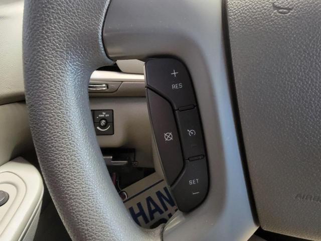 2017 Chevrolet Traverse LS FWD Photo11