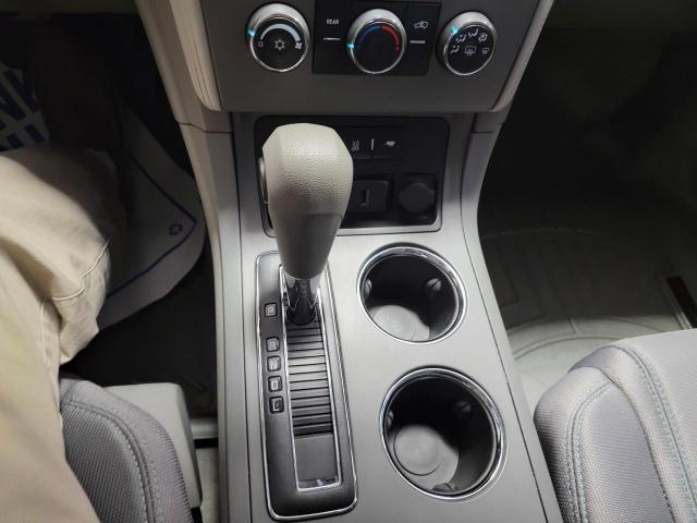 2017 Chevrolet Traverse LS FWD Photo16