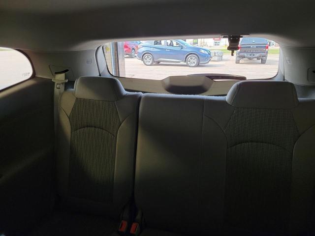 2017 Chevrolet Traverse LS FWD Photo22