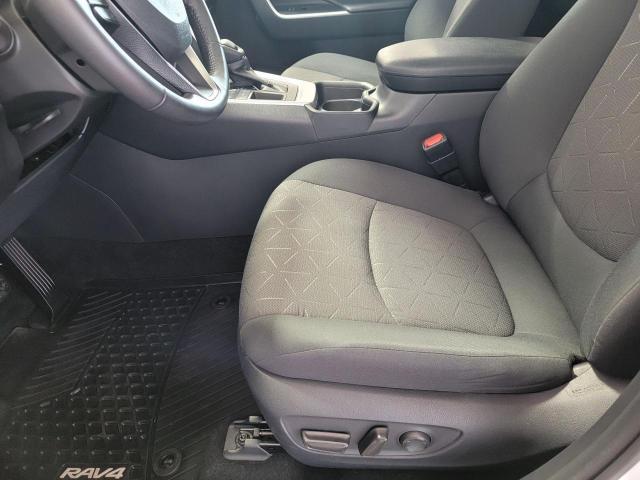 2019 Toyota RAV4 XLE FWD Photo20