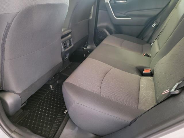 2019 Toyota RAV4 XLE FWD Photo23