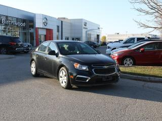 Used 2015 Chevrolet Cruze 2LS Bluetooth, Aux Input, Auto on/off headlights for sale in Winnipeg, MB