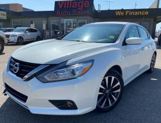 Used 2016 Nissan Altima 2.5 SV Navigation, Backup Camera, Sunroof, Bluetooth, Heated Seats for sale in Saskatoon, SK