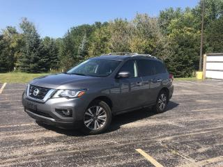 Used 2018 Nissan Pathfinder SV 4WD for sale in Cayuga, ON