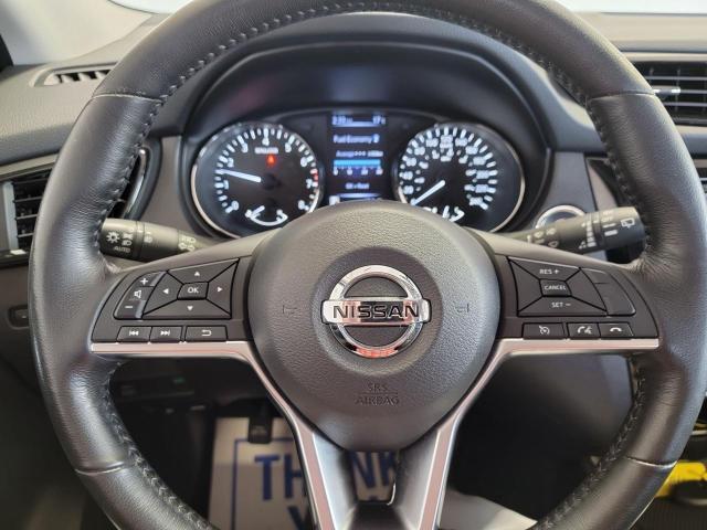 2017 Nissan Qashqai SL AWD Photo10