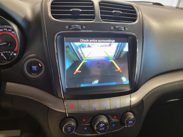 2016 Dodge Journey Crossroad AWD Photo17