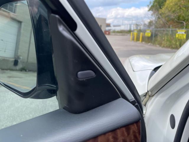 2017 Nissan Armada Platinum  Navigation/Sunroof/Camera/7 Passenger Photo14
