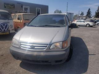 Used 2001 Toyota Sienna CE for sale in Stittsville, ON