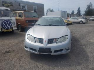 Used 2004 Pontiac Sunfire SL for sale in Stittsville, ON