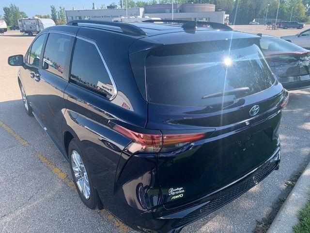 2021 Toyota Sienna XSE AWD 7-Pass With Tech Package
