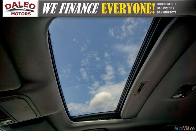 2011 Honda CR-V EX / MOONROOF / MULIT-ZONE A/C / POWER DRIVE SEAT Photo15