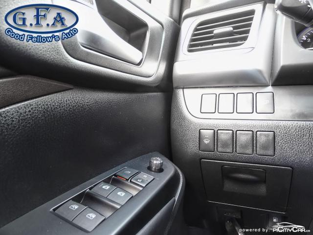 2016 Toyota Highlander XLE MODEL, 8PASS, AWD, LEATHER SEATS, SUNROOF, NAV Photo19