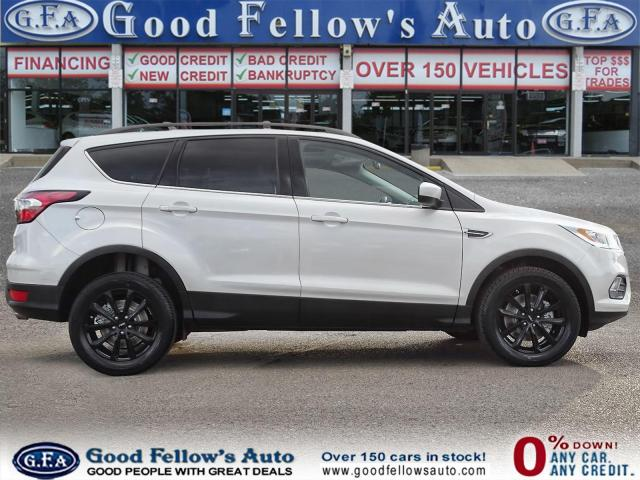 2017 Ford Escape SE MODEL, 4WD, BACKUP CAM, NAVI, SATELLITE RADIO Photo3