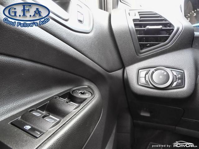 2017 Ford Escape SE MODEL, 4WD, BACKUP CAM, NAVI, SATELLITE RADIO Photo19
