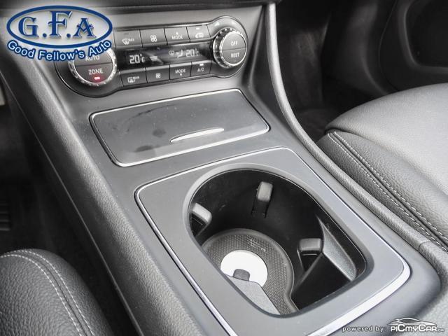 2018 Mercedes-Benz GLA 250 4MATIC, LEATHER SEATS, PAN ROOF, NAVI, BLIND SPOT Photo15