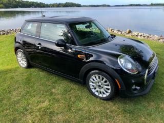 Used 2016 MINI Cooper Only $65 weekly for sale in Perth, ON