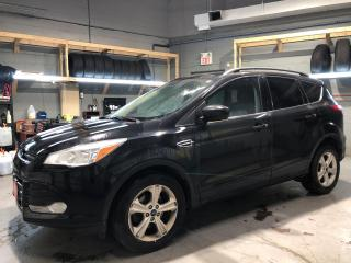 Used 2014 Ford Escape SE Eco Boost * MicroSoft Sync * Power Lift Gate * 6-Speed Automatic * Back Up Camera * Heated Cloth Seats * Dual Climate Control * Cruise Control * St for sale in Cambridge, ON