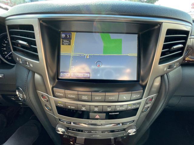 2015 Lexus LX 570 Ultra Premium  Navigation/DVD/Sunroof Photo14