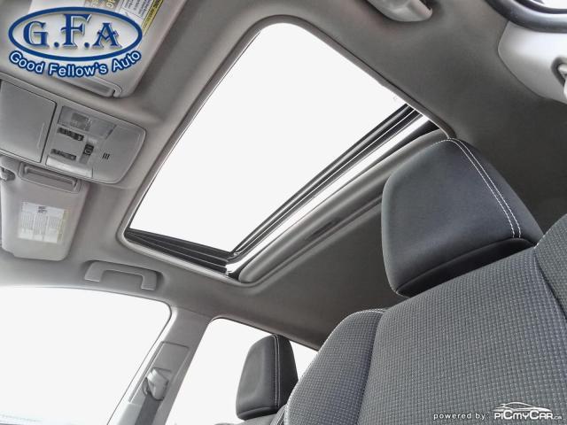 2017 Toyota RAV4 XLE MODEL, SUNROOF, REARVIEW CAMERA, HEATED SEATS Photo7