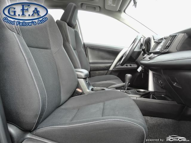 2017 Toyota RAV4 XLE MODEL, SUNROOF, REARVIEW CAMERA, HEATED SEATS Photo11
