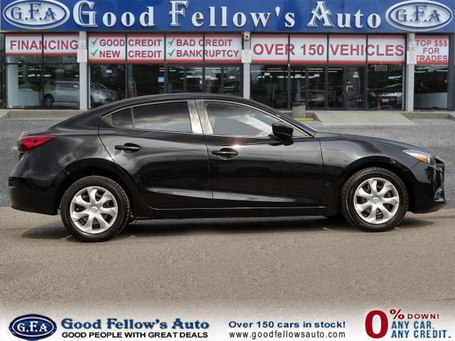 2018 Mazda MAZDA3 Good or Bad Credit Auto Financing ..! Photo3