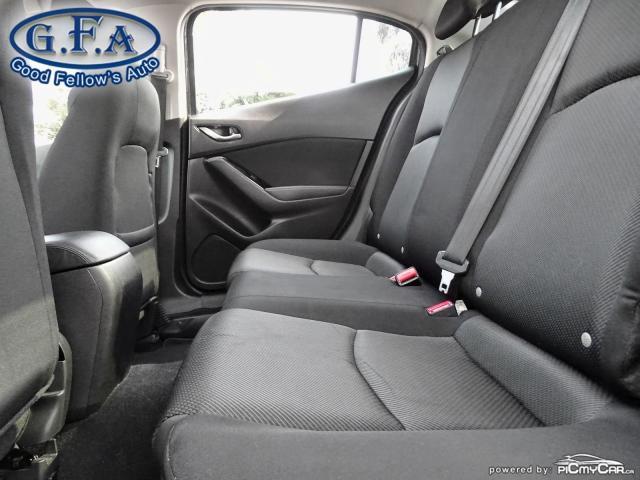 2018 Mazda MAZDA3 Good or Bad Credit Auto Financing ..! Photo8