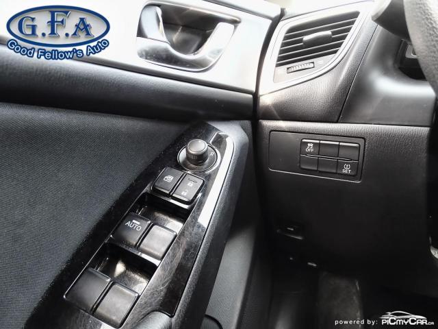 2018 Mazda MAZDA3 Good or Bad Credit Auto Financing ..! Photo17
