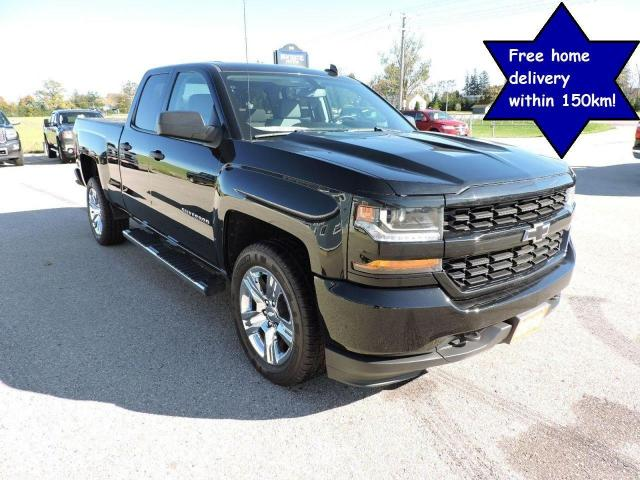 2018 Chevrolet Silverado 1500 Custom 1 owner  5.3L 4X4 Seats 6  Well maintained