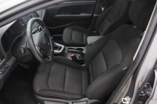Used 2018 Hyundai Elantra LE* BLUETOOTH* A/C* GR-ELECTRIQUE* TRÈS-PROPRE! for sale in Saint-Hubert, QC