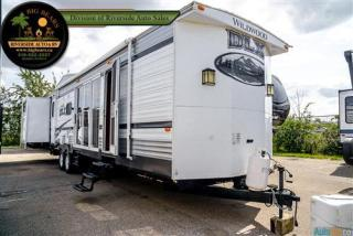 Used 2015 Forest River Wildwood 402QBQ for sale in Guelph, ON