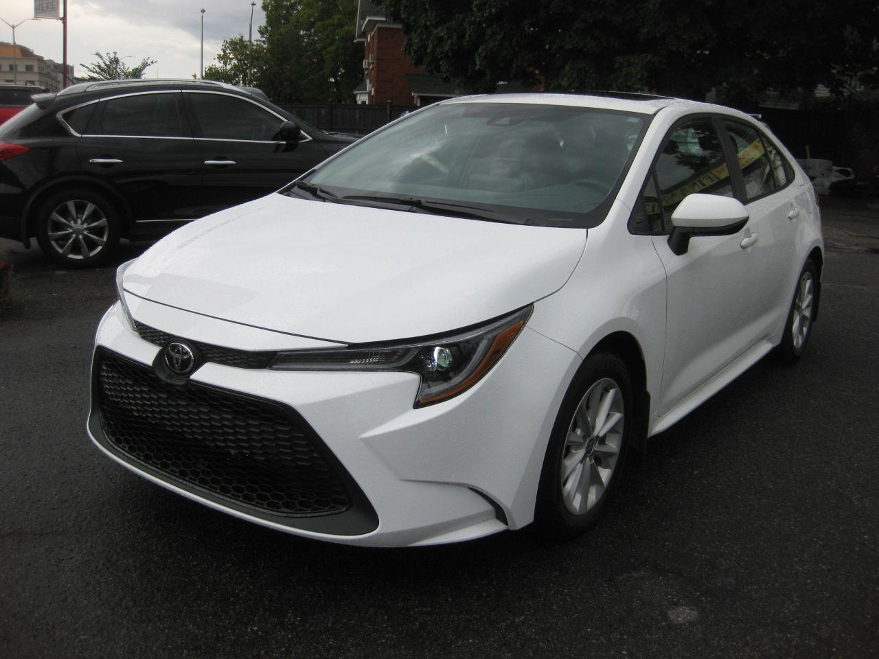 2021 Toyota Corolla LE Upgrade w/ Sunroof AC Bluetooth Rev Cam