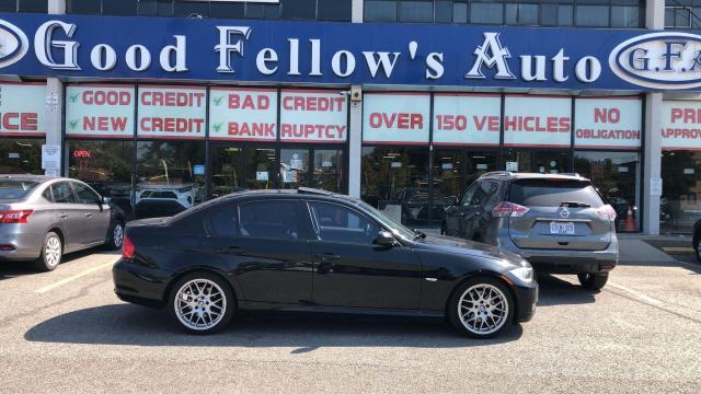 2011 BMW 323i LEATHER SEATS, SUNROOF, BLUETOOTH, ALLOY, 2.5L 6CY Photo2