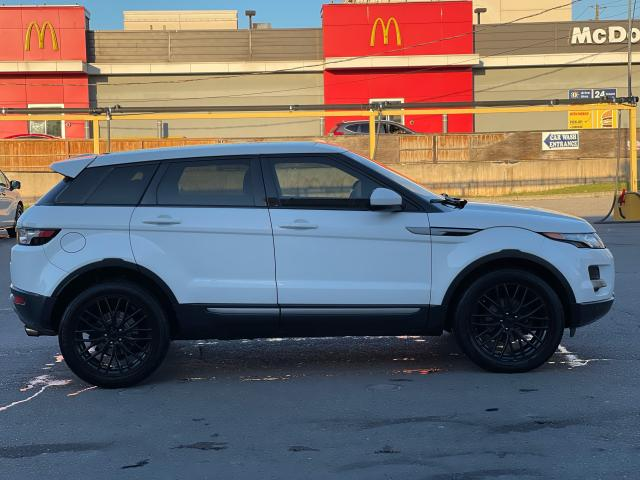 2015 Land Rover Range Rover Evoque Pure CAMERA/PANOROOF/MERIDIAN SOUND Photo6