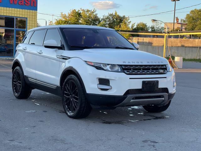 2015 Land Rover Range Rover Evoque Pure CAMERA/PANOROOF/MERIDIAN SOUND Photo7