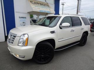 Used 2013 Cadillac Escalade Luxury Edition AWD, Nav, Sunroof, Blind Spot for sale in Langley, BC