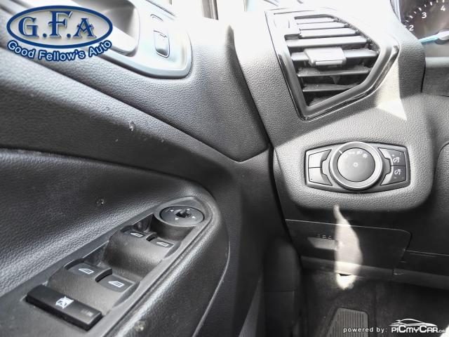 2018 Ford Escape SEL MODEL, 4WD, LEATHER SEATS, REARVIEW CAMERA Photo17