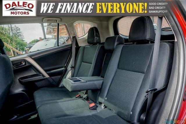 2013 Toyota RAV4 XLE / BACKUP CAM / HEATED SEATS / MOONROOF / Photo12