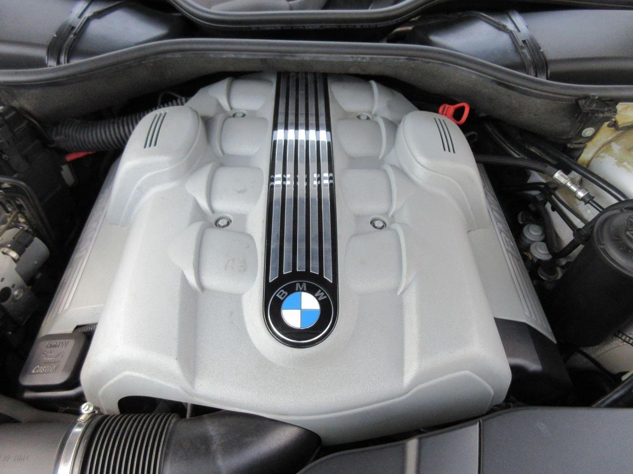 2002 BMW 7 Series