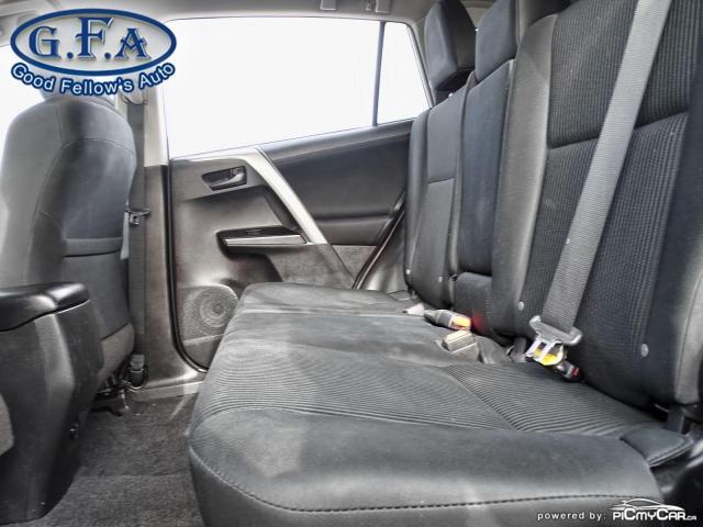 2018 Toyota RAV4 LE MODEL, REARVIEW CAMERA, HEATED SEATS, BLUETOOTH Photo8