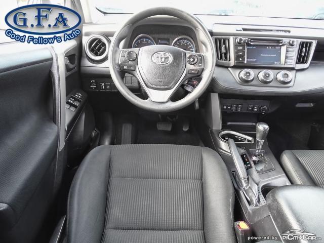 2018 Toyota RAV4 LE MODEL, REARVIEW CAMERA, HEATED SEATS, BLUETOOTH Photo11