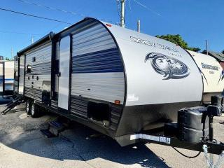 Used 2022 Forest River Grey Wolf 27DBH for sale in Kincardine, ON