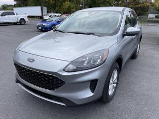 New 2021 Ford Escape 4DR SE AWD for sale in Cornwall, ON