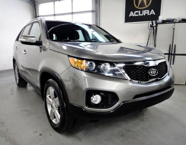 2012 Kia Sorento EX,LOW KM,MUST SEE,ONE OWNER,NO ACCIDENT