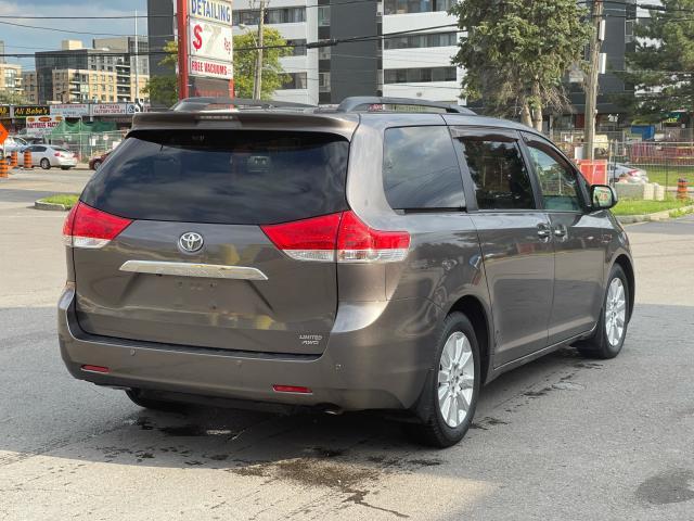 2011 Toyota Sienna Limited AWD Navigation/DVD/Panoramic Sunroof Photo5