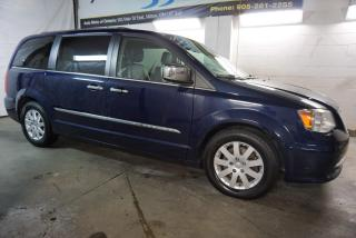 Used 2012 Chrysler Town & Country LIMITED NAVI CAMERA LEATHER DUAL DVD CERTIFIED 2YR WARRANTY BLUETOOTH for sale in Milton, ON