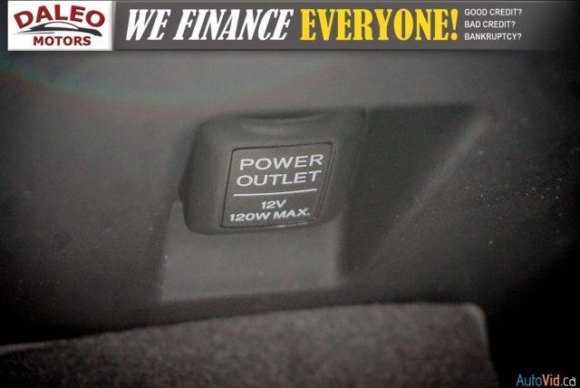2013 Acura RDX Tech Pkg / LEATHER / NAVI / POWER MOONROOF / PDC Photo24