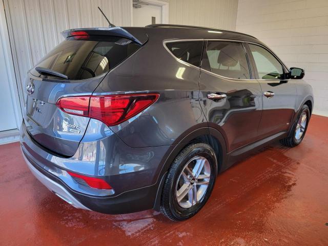 2018 Hyundai Santa Fe Sport Premium AWD Photo3