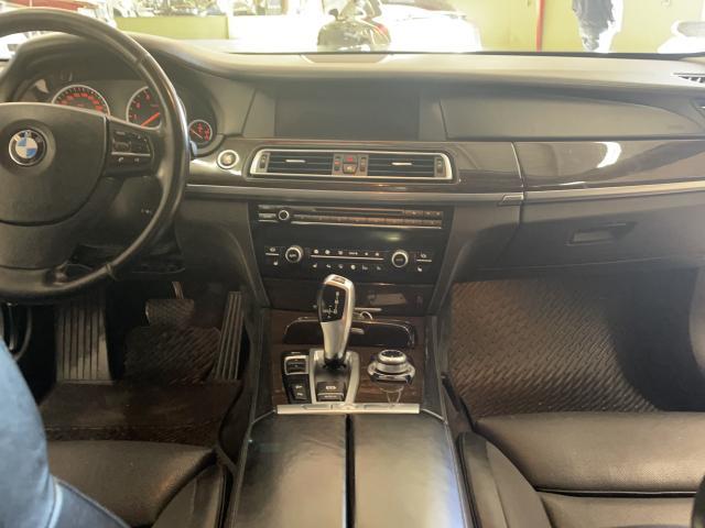 2011 BMW 7 Series 750Li xDrive Photo14
