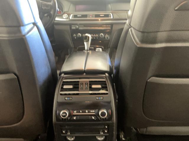 2011 BMW 7 Series 750Li xDrive Photo15